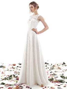 Чистка весільного плаття фото