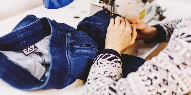 Дрібний ремонт одягу фото